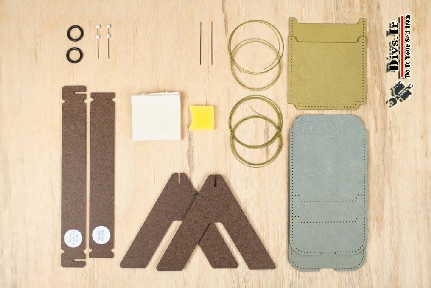 کیف چرم موبایل را به عنوان یک ایده کارآفرینی ببینید و بیاموزیدلوازم مورد نیاز برای ساخت کاور. لوازم دوخت کیف چرم موبایل
